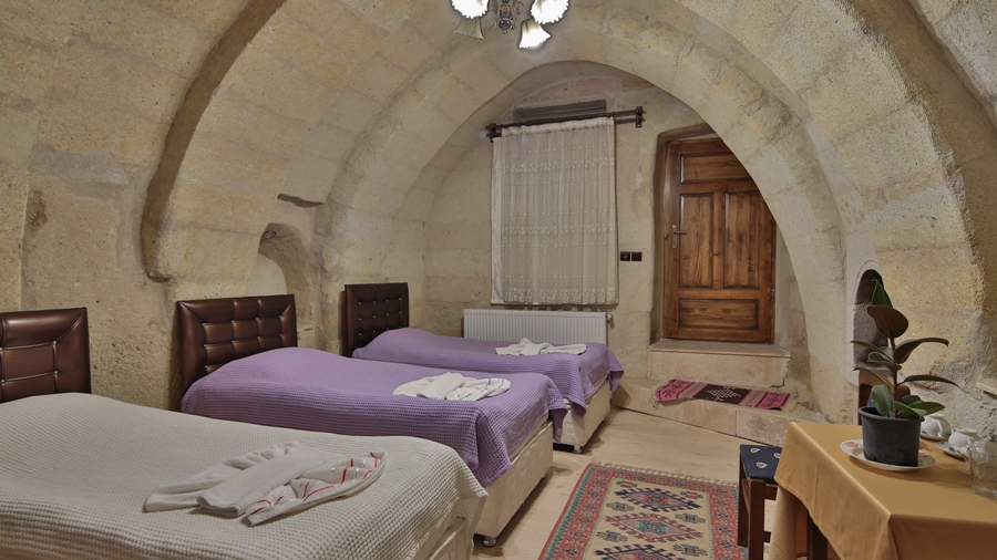 View Cave Hotel Rooms
